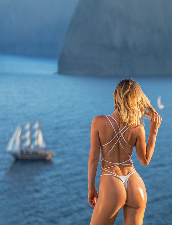 Just Because Video Of SaraUnderwood in Santorini Greece