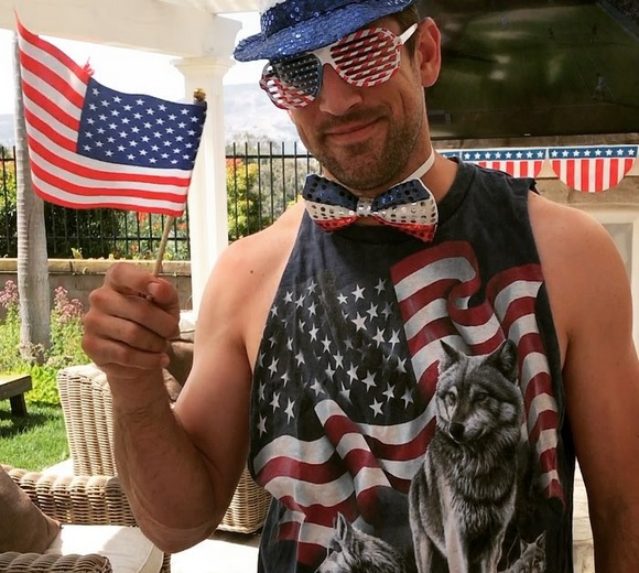 Aaron Rodgers One Man Wolfpack on 4th of July