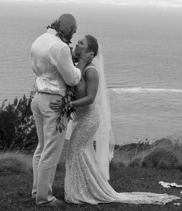 Ronda Rousey Gets Married To Fellow Fighter Travis Browne