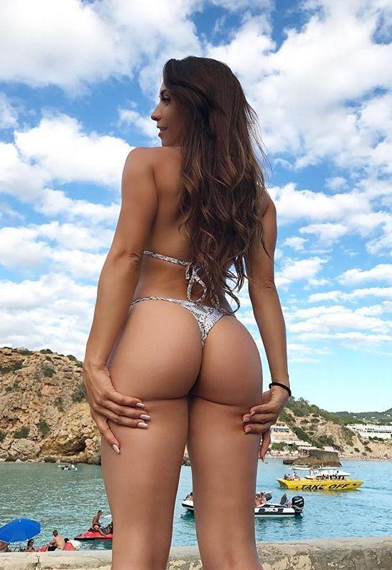 Insta Fitness ModelNeiva Mara Is Worth A Look