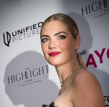 Kate Upton Hits up her Very Own Movie Premiere