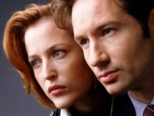 Mulder and Scully Take a Knee