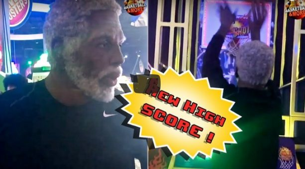 Uncle Drew Catches Fire at Pop-a-Shot!