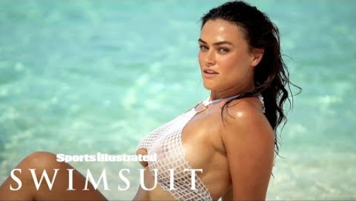 Myla Dalbesio's String Bikini Leaves Nothing To The Imagination
