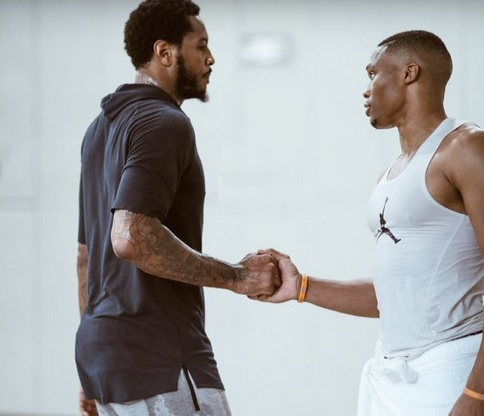 Russell Westbrook & Carmelo Anthony Face Each other in Pickup Game