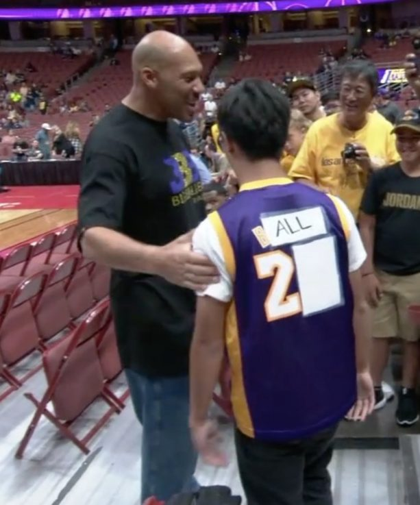 Lavar Ball Had A Line Of People To Meet Him At First Laker Game