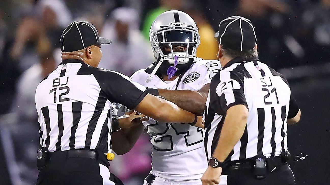 Marshawn Lynch Hanging With Fans After Being Ejected