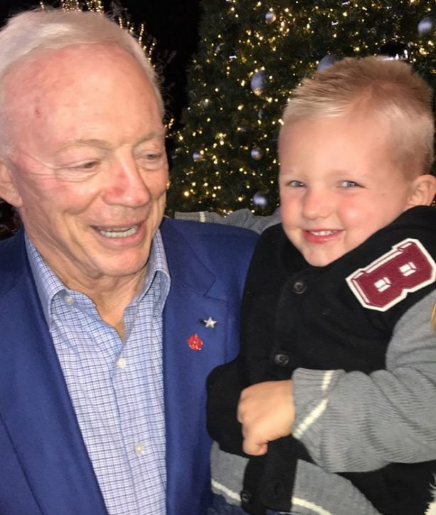 Jerry u201cThe Red Nosed Reindeeru201d Jones is the King of Christmas in Frisco as the Dallas Cowboys owner was front and center over the weekend during the annual ...  sc 1 st  Terez Owens & Jerry u0027The Red Nosed Reindeeru0027 Jones is the King of Christmas ... azcodes.com