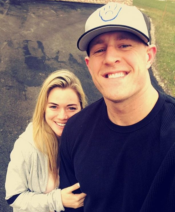 JJ Watt's Girlfriend Has A Night With The Girls