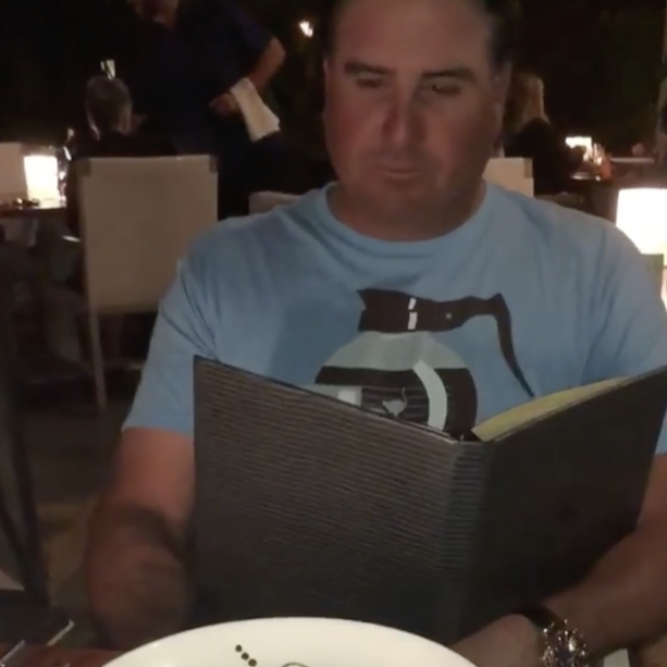 Video- Watch How PGA Golfer Finds Out His Wife Is Preggers