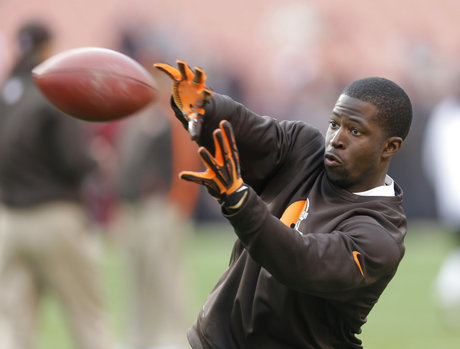Former Browns Receiver Lost 4 fingers in ATV Accident