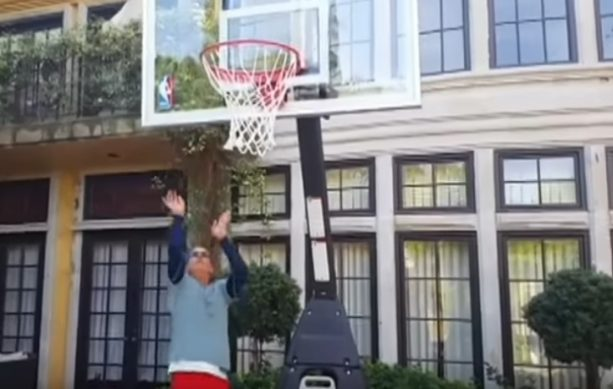 Charlie Sheen's Backyard Trick Shots