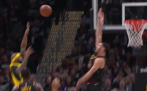 Larry Nance Jr With Emphatic Shot Block (VIDEO)