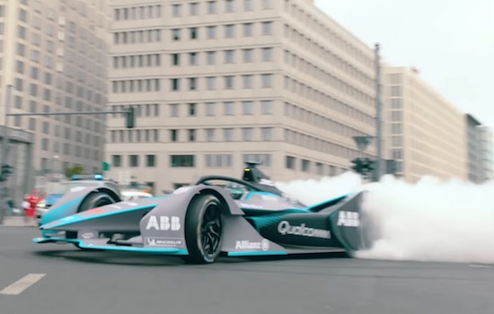EXTREME RACECAR DONUTS ON THE STREETS OF BERLIN