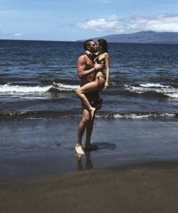 Chandler Parsons In Hawaii With Model Girlfriend