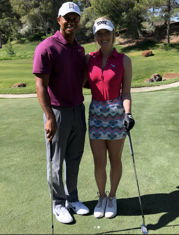 Tiger Woods Hangs With Hot Blonde In Vegas