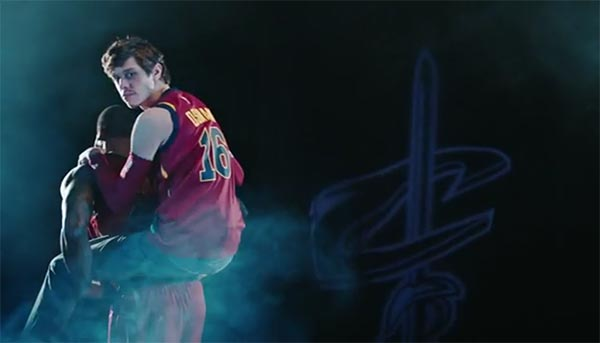 """SNL Roasts LeBron's Teammates With """"The Other Cavaliers"""" Sketch (VIDEO)"""