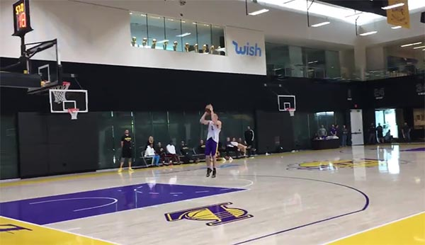 Watch A Grueling Drill The Lakers Put LiAngelo Ball Through