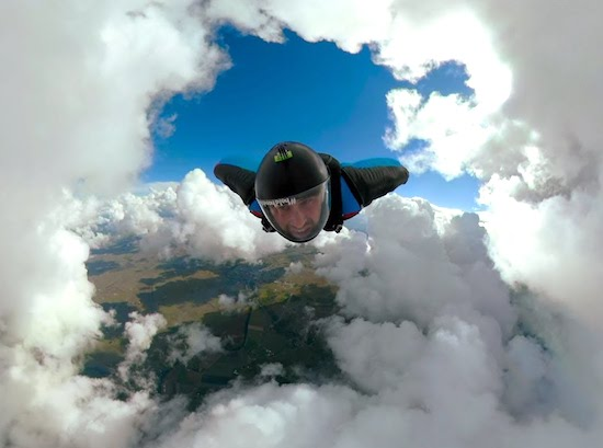 Video- Epic Cloud Cave Wingsuit in Fusion Overcapture