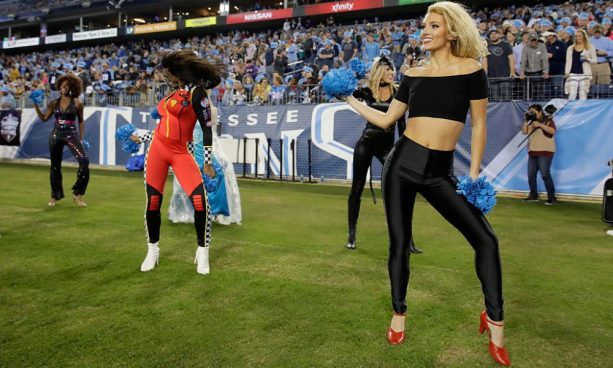 NASHVILLE, TN - OCTOBER 27:  Tennessee Titans cheerleaders perform during the game against the Jacksonville Jaguars at Nissan Stadium on October 27, 2016 in Nashville, Tennessee.  (Photo by Andy Lyons/Getty Images)