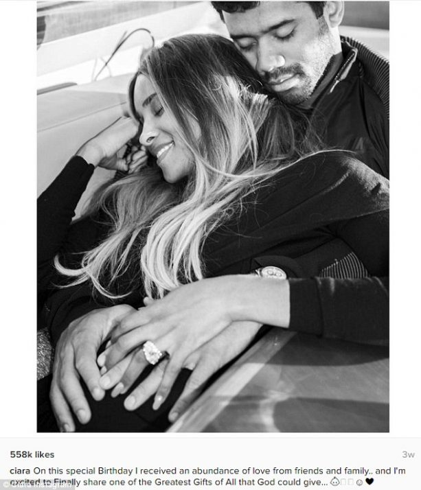 3a98327a00000578-3955612-happily_ever_after_ciara_announced_her_pregnancy_with_a_sweet_ph-a-281_1479710731942