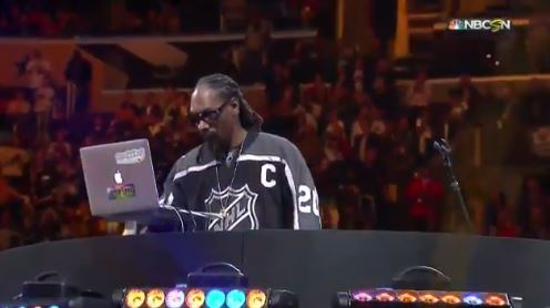 "Snoop Dogg Kicked Off The NHL All-Star Skills Competition with an Uncensored Version of ""The Next Episode"""