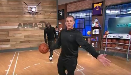 White Chocolate Shows Kenny How To Do The Elbow Pass