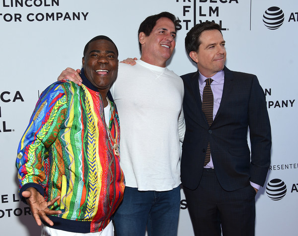 Mark Cuban Hangs with Some Funny Dudes at Movie Premiere