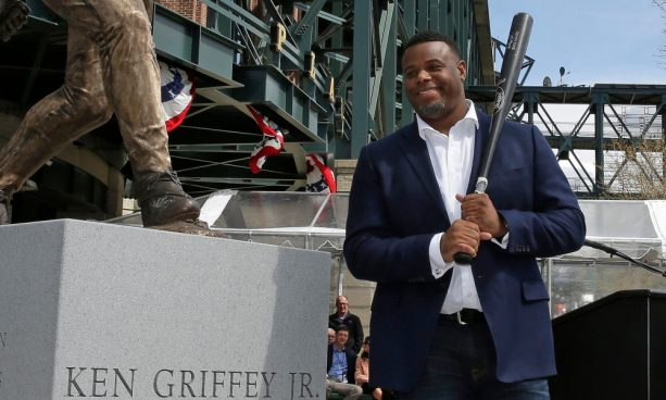 Ken Griffey Jr.'s Statue Nailed It
