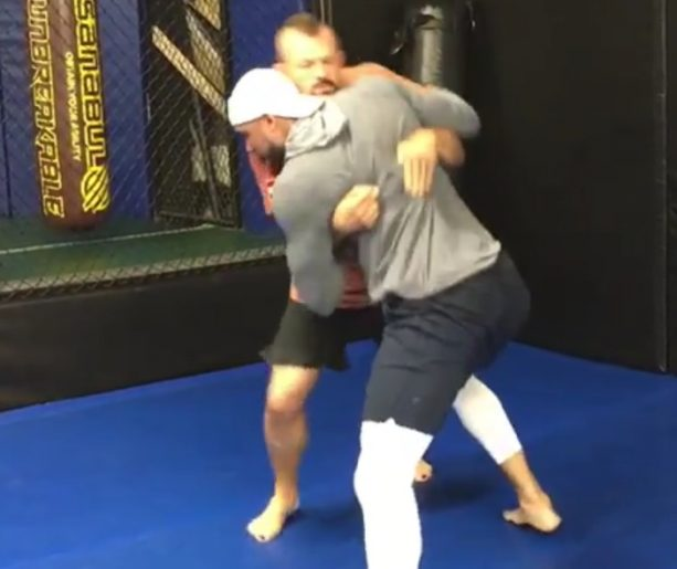 Kansas City Chiefs Tight End Grapples with Chuck Liddell
