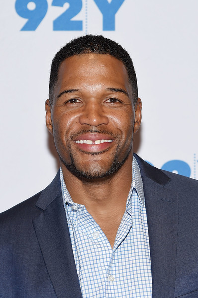 Michael Strahan Gets Together with Willie Beamen