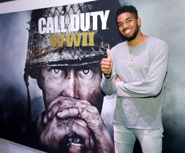 Karl Anthony Towns is a GAMER!