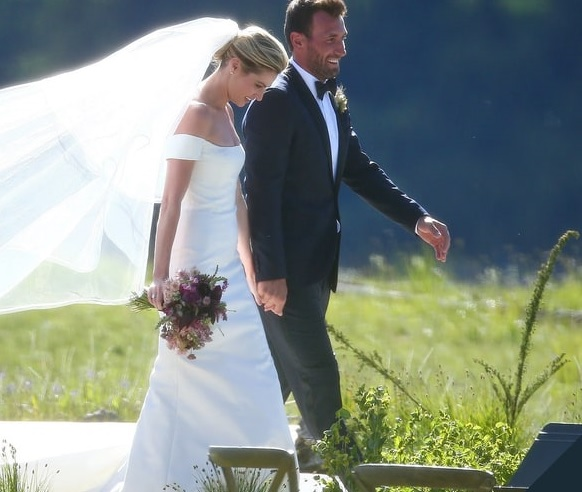 Erin Andrews and Jarret Stoll's Wedding Album