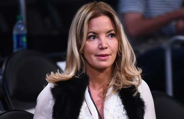 Phil Jackson Romantically Reached out to Jeanie Buss