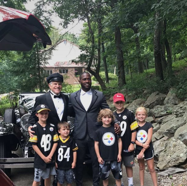 Antonio Brown Has a Chauffeur on his way to Training Camp