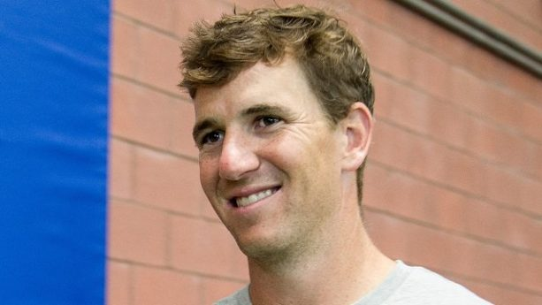 Eli Manning Dances Exactly How you Think He Would