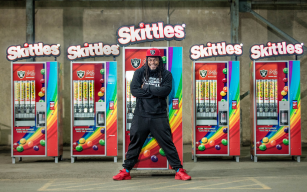 Marshawn Lynch Gives Oakland Free Skittles
