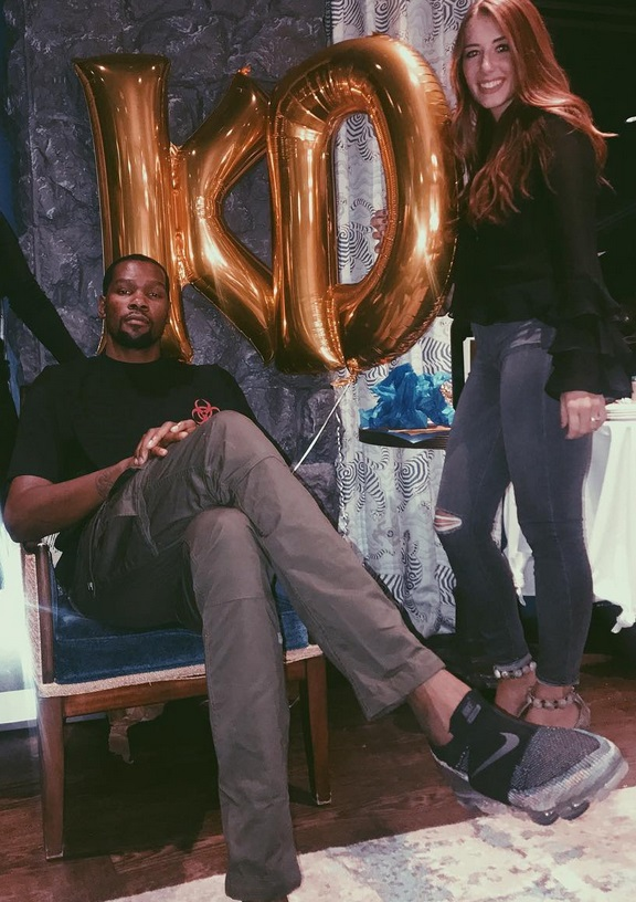 ab63b2e39218 Kevin Durant s Girlfriend Identified  ⋆ Terez Owens    1 Sports ...