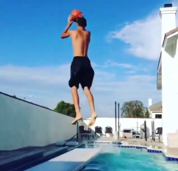 Lonzo Ball the Professional…Diver!