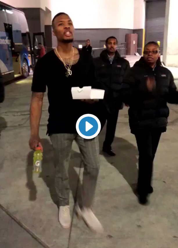 Video- Damian Lillard Tries To Fight Fans Outside Arena After Game?