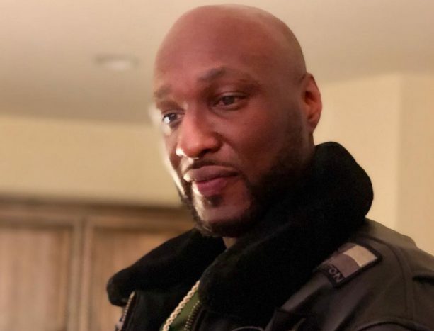 Lamar Odom Hanging With Another Baby Bump on Christmas