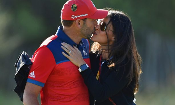 Sergio Garcia's Wife tosses him a Touchdown