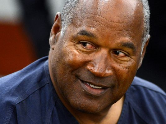 OJ Spotted Hitting on Chicks for the First Time in 2018