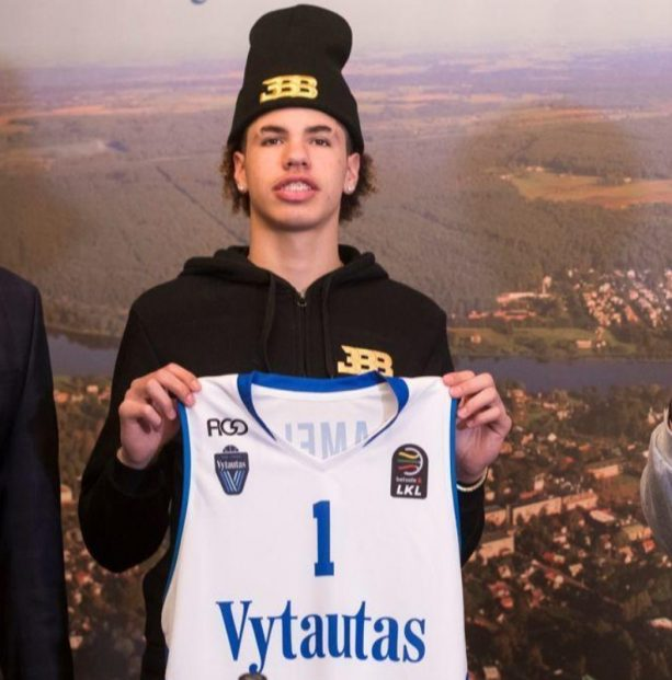 LaMelo's First Possession as a Lithuanian Pro OMG