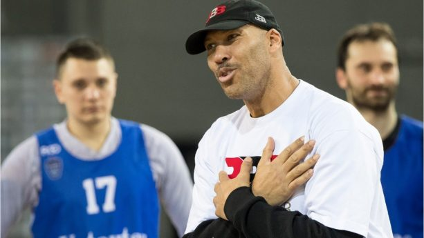 Lavar Trying to Get the Lakers Coaching Job?