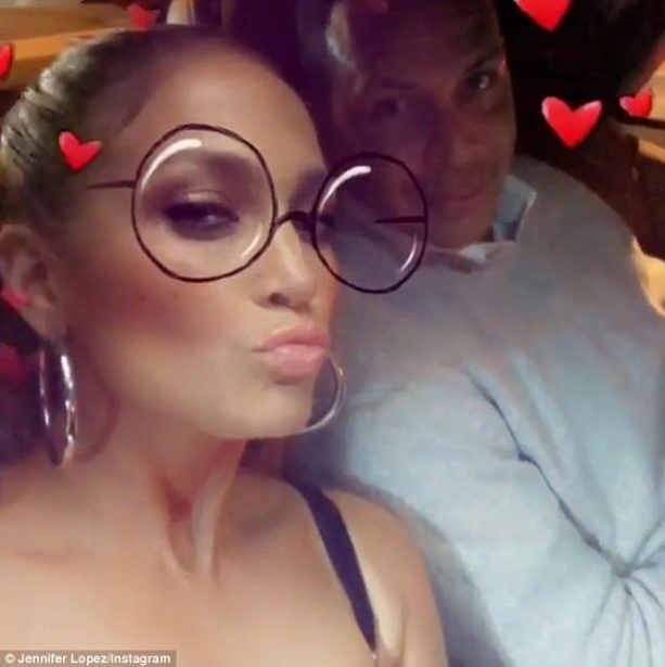 A-Rod Got a V-Day Kiss from J-Lo