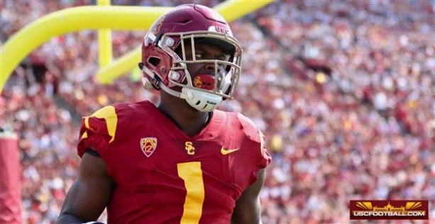 USC Receiver Arrested On Domestic Violence Charge