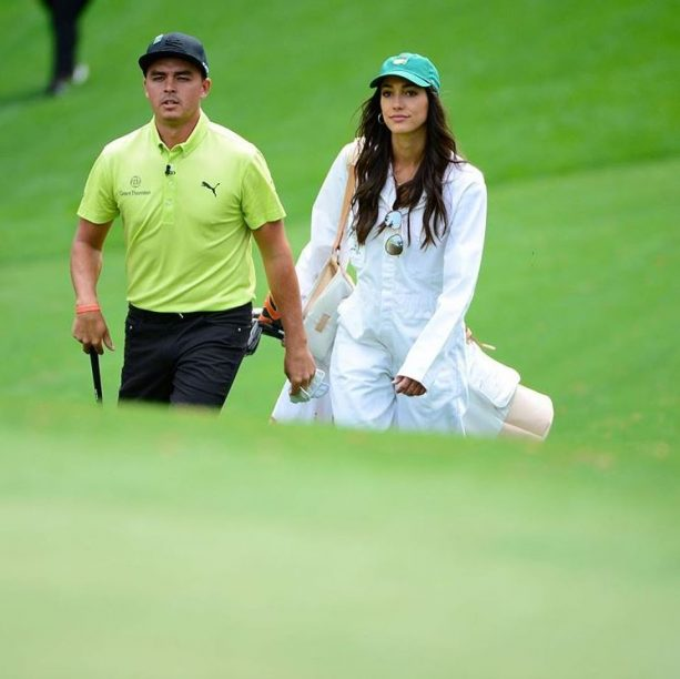 Rickie Fowler Had The Hottest Caddie Ever During Par 3 Contest At The Masters