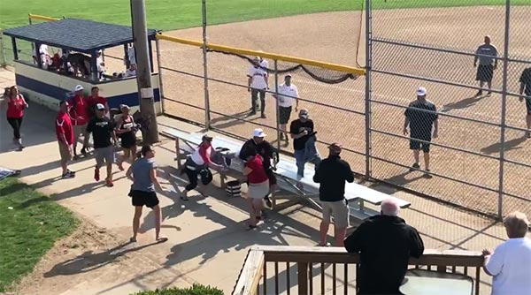 on sale ceb7d 282d2 WATCH: Youth Baseball Coach Going HAM Attacks Parent With ...