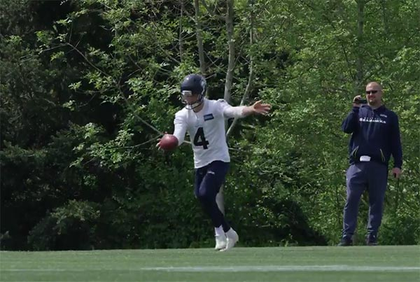 Seahawks' New Australian Punter Can Kick The Sh*t Out Of The Ball (VIDEO)